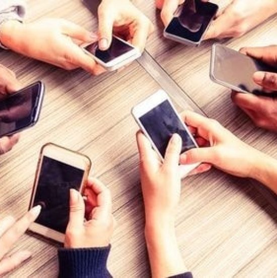 Top Reasons Why Mobile Devices Are Beneficial for Students